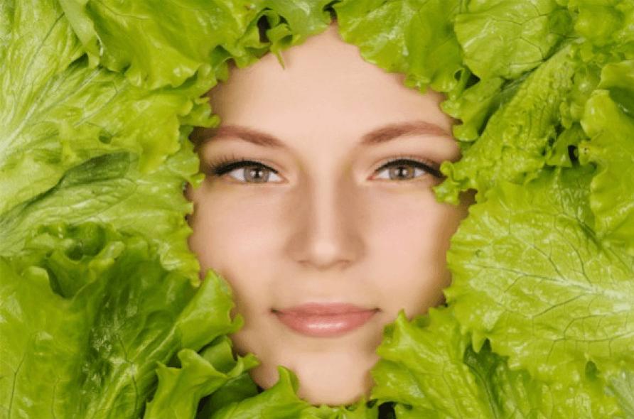 How Food Feeds Acne